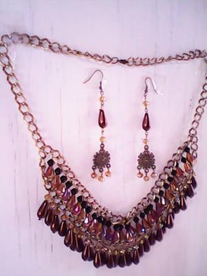 moda en cristales y gotas de perla